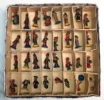 Peças de xadrez em barro cozido. Arte popular do nordeste. PEÇAS NO ESTADO