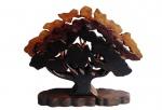 Escultura de madeira representando árvores. Medida 39x32cm.