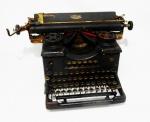 Antiga máquina de escrever ROYAL tipo torre da década de 20, Maquina FUNCIONANDO.