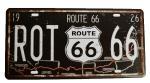 """Placa """"ROUTE 66"""" em metal.  Medidas: 31x16 cm."""