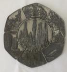 Antigo medalhão em metal -  Diâmetro: 22 cm