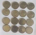 Dezesseis moedas de mil cruzeiros