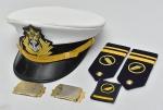 MILITARIA - Colecionismo - Quepe da Marinha do Brasil acompanhando 2 ombreiras e 1 patch.