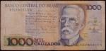 lote composto por 2 cédulas sendo uma de 5 Cruzeiros e outra de 10 Cruzeiros, com carimbo do banco Central revalidando par 1 Centavo.