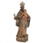 Escultura em madeira policromada representando Santo Antônio com menino. Acompanha resplendor e cajado em metal. Brasil. Séc XIX. 27 cm sem o resplendor e 30 cm com o resplendor.