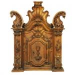Francisco Vieira Servas -Raríssima porta de sacrário executada em cedro encerado, no estilo e época D. José I. Brasil, Séc. XVIII. 90 x 75 cm.