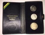 Conjunto de Moedas em Prata, comemorativas do Sesquicentenário da Independência do Brasil. Sendo duas de 1 Cruzeiro e uma de 20 Cruzeiros, em caixa original.