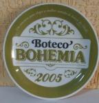 """Prato comemorativo """"BOTECO BOEHMIA 2005"""" -  by OSFORD - com presilha no verso para pendurar, com diâmetro de 20 centímetros - marcas do tempo."""