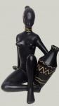"""Escultura em porcelana dos anos 50 """"Africana"""""""