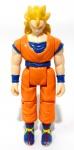 DRAGON BALL Z - BANDAI - Figura articulada em vinil do personagem Goku SSJ3 da série Dragon Ball Z da marca Bandai. Medindo 9,5cm de altura.