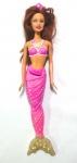 BARBIE - MATTEL - Boneca Barbie da série sereia da marca Mattel. Medindo 33cm de altura. Obs: possui marcas na mão esquerda.