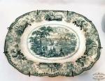 Antiga Grande Travessa Prato Porcelana Inglesa Verde   padrao borrao ,decoradas cenas antigas . Medidas 45 comprimento 36 largura.Nao marcado na base.