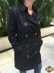 Casaco Trench Coat com cinto longo Burberry Brit  tamanho 38 preto, impermeável, super elegante, em perfeito estado
