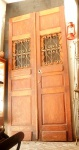 Antiga porta  dupla em madeira. (desgastes) 2,35 x1,30 cm