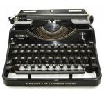 Antiga Maquina Escrever Suíça da Marca HERMES 2000