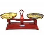 Antiga Balança de 2 (Dois) Pratos - Carga Máxima 5 Kg; - Década 50 - Fundição Tupy - Medida: 19 X 40 X 17 Cm. - Peso 3,5 Kg