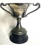 COLEÇÃO - trofeu de metal espessurado a prata, Semana da Marinha, 1958, medindo: 19 cm alt.
