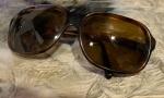 Belo óculos feminino, modelo vintage. Usado.