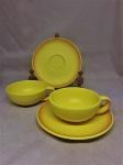 Rosenthal - Maravilhoso par de grandes xícaras de chá em porcelana Alemã da renomada manufatura Rosenthal. Med.: 10 cm de diâmetro ( sem alça) x 4,5 cm de altura