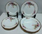 Raro e lindo Jogo de pratos em porcelana inglesa tema floral com filetes de ouro . Marca : WOODS IVORY WARE - contêm 6 pratos de rasos ( 23 cm) e 6 pratos de sobremesa (20 cm ) ( C)
