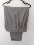 Ermenegildo Zegna Su Misura, calça cinza leve, compr: 112cm / cint: 48cm (+8cm de cós)