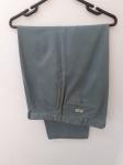 Ralph Lauren, Polo Chino, inusitada calça verde clara, perfeita para complemento marinho (camiseta ou camisa), compr: 103cm / cint: 48cm