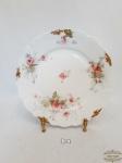 Prato decorativo em Porcelana Floral Limoges  Bordas Onduladas. Medidas Sobremesa 21 cm Apresenta Bicado na Borda