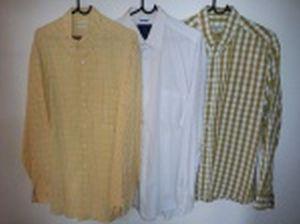 Três camisas de mangas compridas: Richards, tamanho 4; Essencial, tamanho 4 e Aeroclassic, tamanho G.