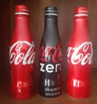 Três garrafas de alumínio item de colecionador - Altura: 19 cm