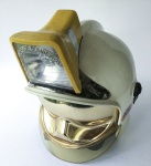 MILITARIA - Fantástico capacete de fabricação francesa do Corpo de Bombeiros de São Paulo. Completo com viseiras, jugular, adesivo da unidade e lanterna totalmente operacional. Peça única para coleções avançadas!