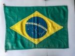 MILITARIA - Belíssima bandeira do Brasil, antiga, com 23 estrelas em tamanho ideal para expor em coleções (60x42cm).