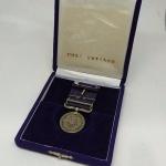 Militaria - Medalha de honra Japonesa (Japão), na caixa.