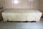 Antiga toalha em linho da Ilha da Madeira, medida 208 x 172 cm, acompanha 4 guardanapos.