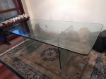 Mesa para sala de jantar, tampo e base em grosso cristal. Importada da Bélgica. Década de 1970. 82 x 212 x 106cm.