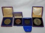 NUMISMÁTICA - Quatro medalhas em metal, comemorativas: Semana da marinha, Centro de Instrução Almirante Graça Aranha, Centro de Instrução Almirante Wandenkolk e 5º Centenário do Nascimento do Descobridor.
