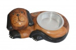 Belo comedor para animal em bloco de madeira ricamente entalhado e policromado e com vasilha em alumínio. Medida 22x34cm.
