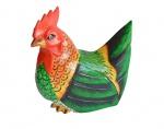 Grande galinha em bloco de madeira ricamente talhada e magnificamente policromada. Medida 17x20cm.