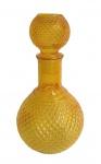 Garrafa para licores e bebidas em vidro estilo bico de jaca.