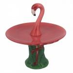 Diferente e exótico fruteira/porta doces em porcelana com figura de flamingo. Medida 17 cm de diâmetro e 16 cm de altura.