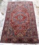Grande Tapete Persa  Bakhtiar Med. 510 x 335 cm= 17,09 m2. Com desgaste do tempo, tapete com 80/85 anos aproximadamente.