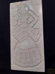 Talha em Madeira Esculpida  pintada representando  bahiana, assinado Kennedy Bahia. Medida 51 cm x 27 cm