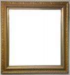 Espelho bisotado com moldura em madeira dourada e entalhada com folhagens e volutas, Med. 99x94cm.