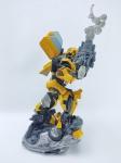 Hasbro - Boneco Bumblebee do Filme Transformers, manufatura Hasbro do ano de 2006, medindo 20 cm de altura - boneco estático sem movimentos, conforme fotos