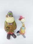 Floc - 2 Bonecos sendo Pepe Legal e Gorila Maguila anos 90, manufatura Floc - Hanna Barbera, maior medindo 15 cm de altura, conforme fotos , Obs: Maguila está um pouco amassado