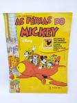 Disney - Álbum de Figurinhas sendo As Férias do Mickey - Editora Panini do ano de 2000, Faltando 17 Figurinhas , capa com leves desgastes, conforme demonstra fotos