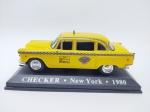 Miniatura sendo Checker - Taxi New York - 1980 Em sua base, miniatura medindo aprox. 12 cm de comprimento