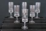 Conjunto de seis taças para vinho em fino cristal  translúcido , base redonda, haste facetada, bojo lapidação dita dedão. Med. 17 cm alt.