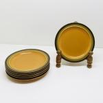 CERÂMICA - Parte de jogo para feijoada, composto de: 6 pratos de sobremesa. Med.18,5 cm.