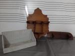 Lote com três prateleiras em madeira - 30x14 cm , 41x30 cm e 35x12 cm