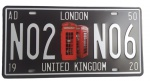 Placa Decorativa LONDON confeccionada em metal. Medidas: 31x16 cm.